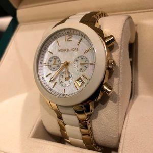 🤩 HOT Michael Kors Watch!!!